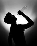 B3_9277_Vdajanje alkoholu
