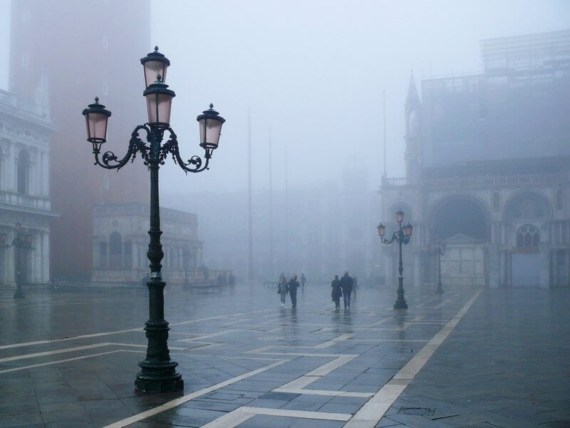 Bogdan Bricelj - Mists on Square